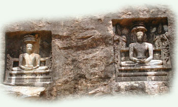 The relief sculptures of Tirthankara-s, Aluruttimalai, Narttamalai