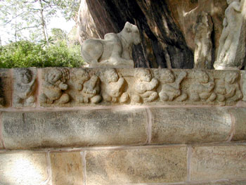The nandi and the beautiful bhutha-gana frieze